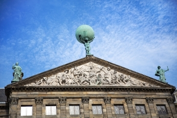Atlas, Royal Palace in Amsterdam (photo Jane Rix)